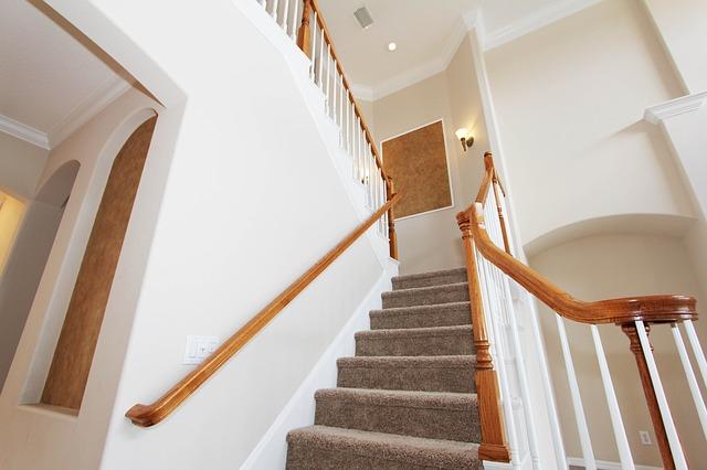 Wykładzina dywanowa – zalety i zastosowanie